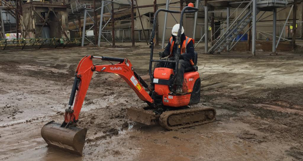 Mini Digger Hire in Nottingham